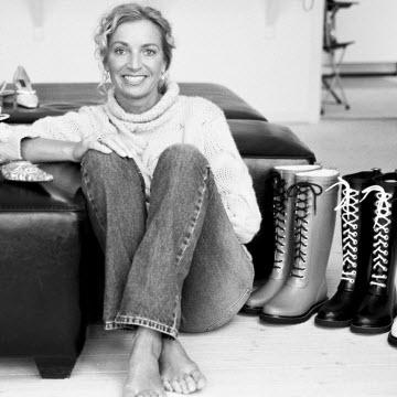 Det er sådan vi kender Ilse Jacobsen. Nu kan hun fejre 20 års jubilæum. Til lykke!