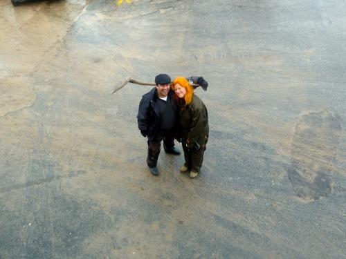 Hornbæks føremde tangopar, David Angelo og Pernille Emborg fra Tangoymiel, viste, at de også kan håndtere en skovl, hvis der er behov for det. Foto: Lotte Lund.
