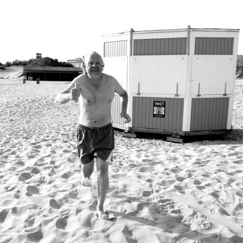 Turistforeningens formand Olav Berntsen er klar til at give stafetten videre. Torsdag afsløres det, hvilken kystby, som Hornbæk har valgt at udfordre.