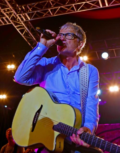 Lars H.U.G. giver koncert på Hornbæk Havn fredag den 28. juli 2016, PR-foto.